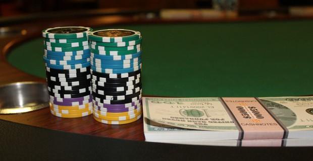 Hat man eine Chance mit verschiedenen Glücksspielen reich zu werden?